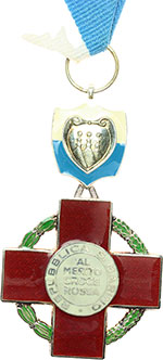 obverse:  San Marino   Medaglia al merito della Croce Rossa Sammarinese.