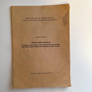 obverse image:  BOSSETTI, L.  Prima notizia sommaria di quanto è emerso dallo scavo di fondazione per la nuova sede della Cassa di Risparmio di Modena in Piazza Grande. Modena, 1967.
