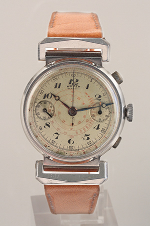 obverse image: UNVER WATCH, chronograph, around 1930. Watch.