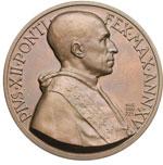 obverse:  Pio XII (1938-1959), Eugenio Pacelli. Coppia di medaglie in argento e bronzo emesse per il Concistoro del 12 gennaio 1953.