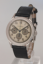 obverse: MOVADO, chronograph, around 1950. Round case in steel with screw back