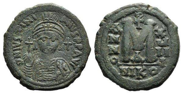 obverse: Justinian I (527-565). Æ 40 Nummi
