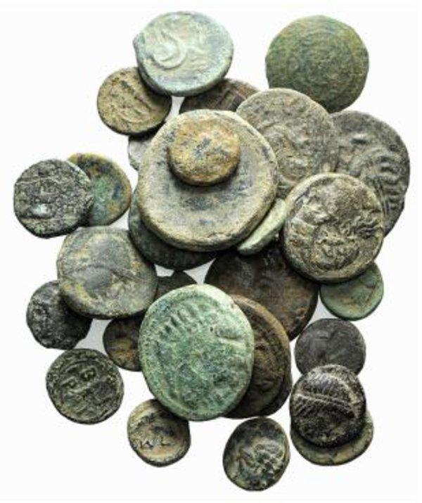 obverse: Lot of 30 Greek Æ coins