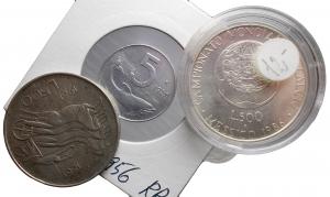 D/ Lotti. Repubblica Italiana insieme di 3 pezzi incluso un 5 lire 1956 RR con imperfezioni