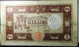 D/ Cartamoneta. Casa Savoia. 1000 lire. 11/8/1943. FALSO D'EPOCA con la scritta FALSO traforata.MB+.s.v