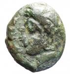 R/ Mondo Greco - Siculo Puniche.Panormos-Ziz?IV° sec. a.C.Ae. D/ Persefone-Tanit. R/ Cavallo a destra. Peso gr. 4,42. Diametro 13,2 x 15,4 mm. BuonBB. Patina verde.