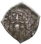 D/ Bizantini - Costante II e Costantino IV.641-668 d.C.Hexagram.AR.Constantinopoli, 654-659 d.C. D/ Busti frontali. R/ Croce su gradinata; lettera B. DOC 55; Sear 996.BB-SPL.Patina.