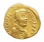 D/ Bizantini - Costantino IV. 668-685 d.C.Tremisse. AV. Siracusa, 679-691 d.C. D\ N CONSTANtiN hp, Busto diademato a destra.R\ VICTORIA AVgH (I tra globetti), croce potenziata. DOC -; Sear 1806. Peso 1,40 gr. Diametro 15,00 mm.BB+.ex Nomos Obolos 3. lotto 458.R.