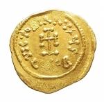 R/ Bizantini - Costantino IV. 668-685 d.C.Tremisse. AV. Siracusa, 679-691 d.C. D\ N CONSTANtiN hp, Busto diademato a destra.R\ VICTORIA AVgH (I tra globetti), croce potenziata. DOC -; Sear 1806. Peso 1,40 gr. Diametro 15,00 mm.BB+.ex Nomos Obolos 3. lotto 458.R.