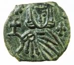 R/ Bizantini. Leone V. 813-820 d.C. Follis. AE. D/ Busto di Leone V frontale. R/ Costantino frontale. Sear 1637. Peso 2,65 gr. Diametro 20,00 mm. SPL. Patina.