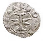 D/ Monete Estere - Francia. Melgueil. XII-XIII sec. Obolo. Mi.D/ Pilastro a forma di croce. R/ Quattro amuleti. B.753. Rob.4336. D.1578. Peso gr. 0.39. BB+.
