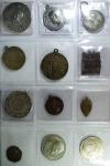 D/ Medaglie. Accumulazione di 24 medaglie prevalentemente religiose e dei vigili del fuoco. Mediamente qFDC.g.f