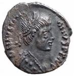 D/ Barbari - Vitige. 536-540 d.C.Mezza Siliqua a nome di Giustiniano. Ag. D/ Busto diademato dell'imperatore. R/ Scritta in corona (VITIGES). Ranieri 300 (R3). Metlich 63. Peso gr. 1,4.SPL+.Intonsa con bella patina. RR.