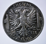 R/ Casa Savoia. Vittorio Emanuele III. Albania. 1939-1943. 5 lek 1939. AG. Pag.992. qSPL.