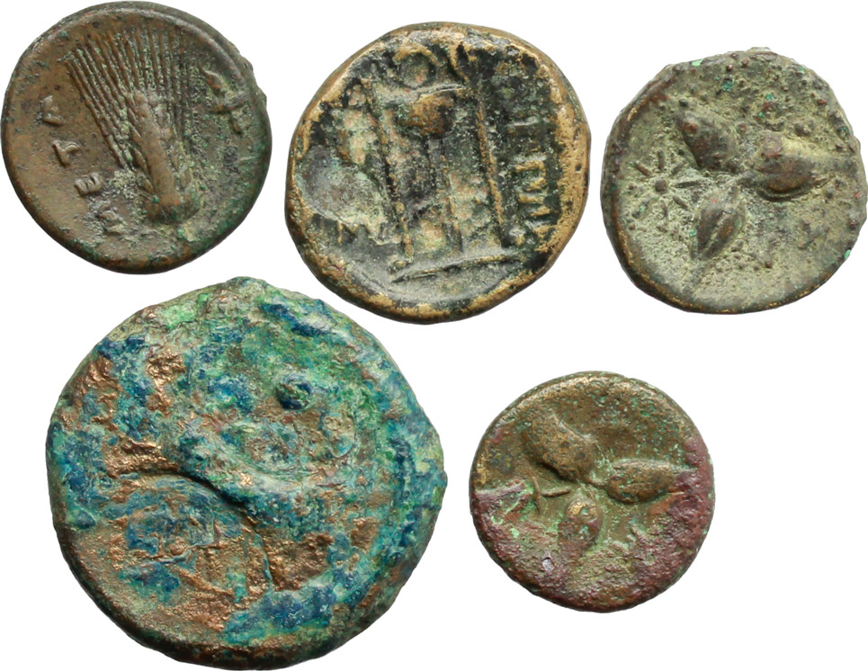 R/ Greek Italy.  Multiple lot of five (5) unclassified AE coins.    AE.      About VF:VF.
