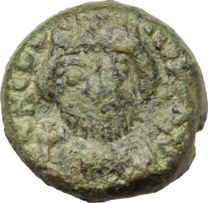 D/ Heraclius (610-641).  AE 10 Nummi, year 10 (619-620 AD), Catania mint. Obv. Crowned, draped and cuirassed bust facing holding globus cruciger. Rev. Large I between A/N/N/O and X; in exergue, CAT. MIB 240. Sear 885. AE. g. 3.70  mm. 13.50    VF.