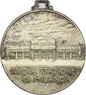 R/ Milano. Vittorio Emanuele III (1900-1943). Medaglia 1931- IX per la nuova stazione di Milano.     AE argentato.   mm. 32.00  RR.  BB+.
