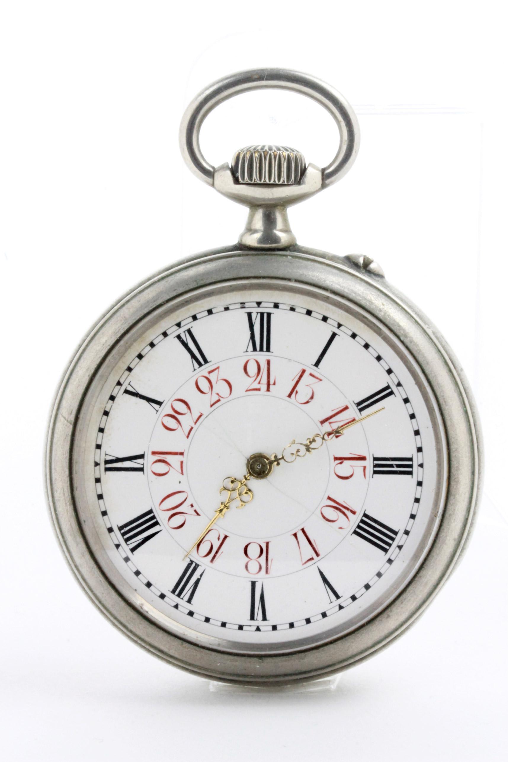 D/ Longines orologio da tasca. 54 mm. Longines orologio da tasca. (seriale 888280). Cal. marchiato Longines. Fondo con lettere R. A. incise. quadrante con secondi al centro. 54 mm.