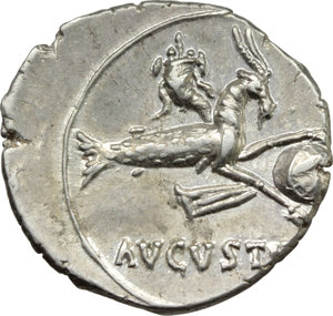R/ Augustus (27 BC - 14 AD).  AR Denarius, Spanish mint (Emerita?). Obv. Bare head right. Rev. AVGVSTVS. Capricorn right, holding globe attached to rudder between front hooves; above, cornucopiae. RIC 126. C. 21. AR. g. 3.92  mm. 19.50  R. An outstanding example of this rare and fascinating issue. Brilliant and superb, virtually as struck. Good EF.