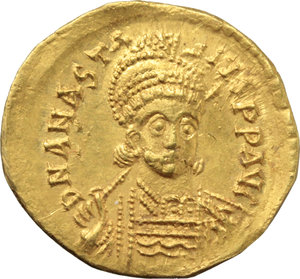 D/ Anastasius I (491-518).  AV Solidus, Constantinople, c. 507-508. Obv. DN ANASTASIVS PP AVC. Helmeted and cuirassed bust three-quarter facing to right, holding spear and shield. Rev. VICTORIA AVCCC H. Victory standing left, holding long staff ending with Chi Rho-gram inverted; to left, star; in exergue, CONOB. D.O. 6. MIB 6. Sear 4. AV. g. 4.45  mm. 20.50  RR. Very rare, brilliant and superb.  EF. This issue marks the 500th anniversary of the birth of Christ celebrated in 500 AD. according to the Anno Domini Eras calculated by Dionysius Exigius (Cf. MIRB 01.12.2009, lot 3047 and note).
