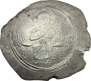 D/ Alexius I, Comnenus (1081-1118).  AR Histamenon Nomisma, Constantinople mint. Obv. Christ enthroned facing, raising right hand in benediction and holding in left book of Gospels. Rev. Bust facing, bearded, holding sceptre surmounted by pelleted star and globus cruciger. R. 2062. Sear 1893. AR. g. 3.76  mm. 29.00  R. Rare and in excellent condition for the issue. Good VF.