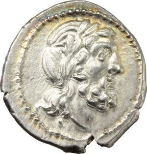 D/ VB series.  AR Victoriatus, c. 211-208 BC, uncertain mint. Obv. Laureate head of Jupiter right. Rev. Victory crowning trophy; in exergue, ROMA. Cr. 95/1c (pl. XVII, 16). AR. g. 3.27  mm. 18.00  R. Rare. Perfectly centred on a broad flan. Enchanting golden tone. EF.