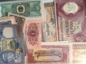 D/ Cartamoneta.Lotto di 24 Banconote Sud Est Asiatico, tutte ottime conservazioni.s.v.
