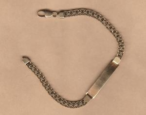 D/ Braccialetto in oro 18 kt peso gr. 12 lunghezza cm 21.80