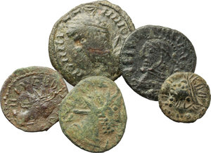 obverse: Roman Empire.  Multiple lot of five (5) unclassified AE barbarous radiates and Folles (local imitations). Late 3rd century AD-5th century AD.    AE.     Some interesting types. F:Good VF.
