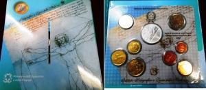 D/ Italia. Set Euro 2003 con 08 monete più una in argento.