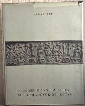 obverse: ALP S. – Zylinder und stempelsiegel aus Karahoyuk bei Konia. Ankara, 1968. pp.310, tavv. 254.      raro e importante