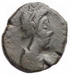 D/ Barbari -I Vandali in Nord Africa.Gaiserico?.395-455 d.C.Nummo imitativo. Ae.D/ Busto a destra.R/ Vittoria a sinistra, lettera T. Pesogr. 1,31.qBB.Patina verde.R.