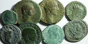 D/ Lotti. Impero Romano. Lotto di 8 monete da Domiziano a Costanzo II, mediamente MB\qBB. §