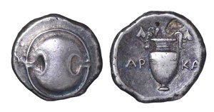 obverse image: BOEOTIA, Thebes. Circa 368-364 BC. AR Stater (23mm, 12.19 g). O:\Arka-, magistrate. Boeotian shield. R:\ Amphora, ivy leaves on handles; AR-KA across central field; all within concave circle. Hepworth 14; BCD Boiotia 537; HGC 4, 1332. VF/XF, toned. From the collection of a Southern Pathologist. Ex The Numismatic Review X.2 (1969), no. B26.