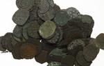 obverse:   Lotto di 100 monete medievali di zecche dell Italia meridionale