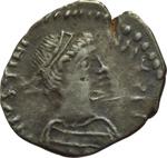obverse:  Giustiniano I (527-565). Mezza siliqua, Ravenna.