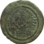 obverse:  Giustiniano I (527-565). Mezzo follis, Nicomedia.