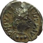 obverse:  Giustino II (565-578). Quarto di siliqua, Ravenna.