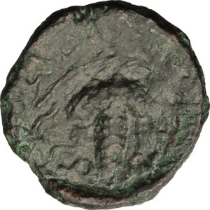 reverse: Greece. Thessaly, Euraia.   AE Trichalkon, c. 352-344 BC. Obv. Head of nymph facing slighly left, with grape bunch in hair, wearing earring and necklace. Rev. EYPEAIΩN. Grape bunch and leaves of vine. Cf. Rogers 211; BCD Thessaly II 67.2. AE. g. 6.71  mm. 22.00  R.  VF. A rare and fascinating coin.