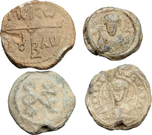 obverse: Lead Seals.  Multiple lot of four (4) unclassified PB Seals.    PB.     mm. 24, g.11,93; mm. 22, g. 8,83; mm. 21, g. 11,12; mm. 18, g. 6,87. Interesting types. Good VF:VF.