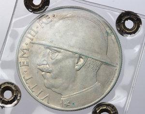 obverse: Regno di Italia. Vittorio Emanuele III (1900-1943). 20 lire 1928 A. VI.    Pag. 680.  Mont.76. AG.    NC. Perizia Bazzoni ( Bel BB).   Fondi lucenti Bel BB.