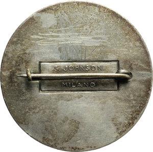 reverse: Benito Mussolini (1883-1945), Duce d Italia. Spilla A.XIV  per l VIII Campo DVX Opera Balilla.     MB.   mm. 38.00 Inc. S. Johnson. R.  qSPL.