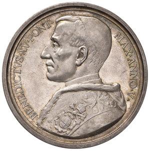 D/ Benedetto XV (1914-1922). Medaglia anno V (1919) AG diam. 44 mm. Opus Giuseppe Romagnoli. La Chiesa madre dei sofferenti. Bartolotti E919. FDC