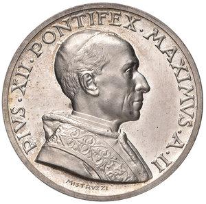 D/ Pio XII (1939-1958). Medaglia anno II (1940) AG diam. 44 mm. Opus Aurelio Mistruzzi. Esortazione alla pace. Bartolotti E940. q.FDC