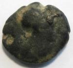 obverse: Mondo Greco. Apulia. Arpi. III sec. a.C.AE 14. D/ Testa di Athena con elmo corinzio a destra. R/ APΠANOY. Grappolo d uva. SNG ANS 646. Peso gr. 2,97. Diametro 14 mm. qBB.Patina.