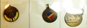 obverse: Medaglie. Lotto di 3 Medaglie tra cui X Battaglione Trasmissioni, Genova Cavalleria e Scuola truppe meccanizzate. Ottime Conservazioni.gf