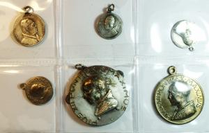 obverse: Medaglie. Lotto di 6 medaglie religiose. Ottime conservazioni.gf