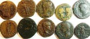 obverse: Lotti. Impero Romano. Lotto di 10 Assi da Giulio Cesare a Domiziano. Notato Asse con Agrippa e Augusto. Mediamente MB\qBB.ç