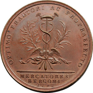 reverse: Bergamo. Girolamo Ascanio Giustinian (1753-1787), Podestà e Vicecapitano di Bergamo. Medaglia coniata 1782.  D/ HIERONIMUS ASCANIUS IUSTINIANUS. Busto a destra, sotto, SAMSON. R/ OPTIMO PRAETORI AC PROPRAEFECTO. Caduceo a cui sono legate una fronda di alloro e una di palma; all esergo, MERCATORES/ BERGOMI/ 1782. Volt. 1669 (questo esemplare). AE.   mm. 44.80 Inc. Johann Ulrich Samson.   FDC. Podestà di Bergamo dal 1780, mantenne questo incarico fino al 1782; al termine del mandato venne fatto oggetto di manifestazioni di stima, concretatesi  nella coniazione della medaglia in questione, da parte di una delle più potenti e antiche associazioni bergamasche, quella dei Mercanti la cui attività era stata da lui facilitata e incoraggiata.