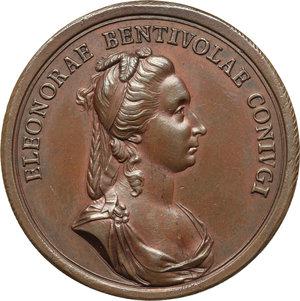 reverse: Bergamo. Nicolò Venier (1743-  ) Capitano di Bergamo e la moglie Eleonora Bentivoglio. Medaglia 1786.  D/ NICOLAO VENERIO PRAEF BERGOMI. CIVES BERG MDCCLXXXVI. Busto a destra, nel taglio, A G F. R/ ELEONORAE BENTIVOLAE CONIVGI. Busto a destra. Volt. 1697. AE.   mm. 42.00 Inc. Anton Guillemard. R. Colpetto al ciglio. SPL. Nicolò, appartenente ai Venier del ramo  ai Gesuiti , figlio di Sebastiano e di Elisabetta Mocenigo, nacque il 5 marzo 1743. Il 31 ottobre 1784 Nicolò prese in moglie Eleonora Bentivoglio; sposato da pochi giorni iniziò il suo mandato di Capitano a Bergamo.